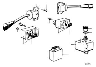 Przełącznik biegów na kolumnie kierown.