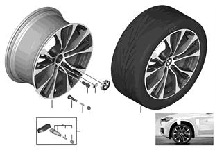 BMW 輕質合金輪輞 M 雙輪輻 599M